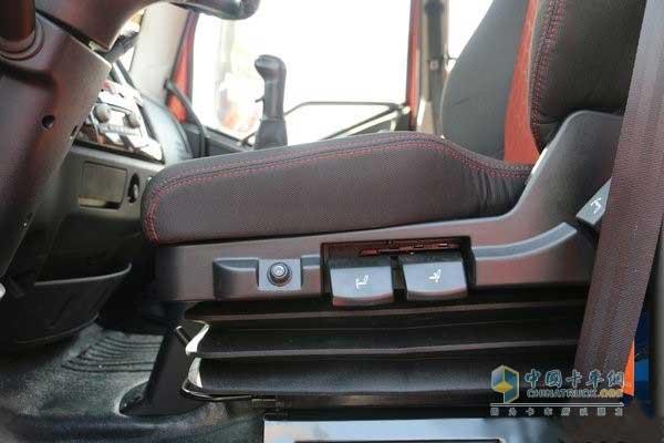 解放J6L通风气囊座椅