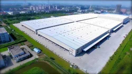 """位于南京市雨花物流基地的""""苏宁云仓"""",建筑面积20万平方米"""