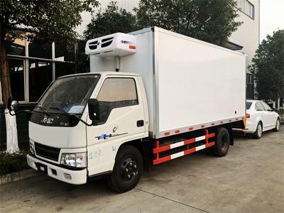 江铃顺达4.1米冷藏车!小型实惠型冷藏车,低价现车出售!